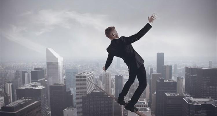 Balance-work-study-and-personal-life-750x400
